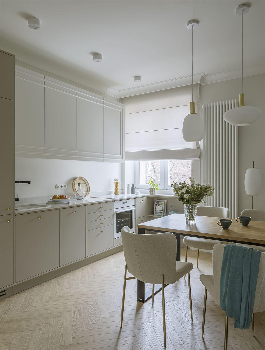 Projekt nowoczesnego aneksu kuchennego w mieszkaniu w Warszawie