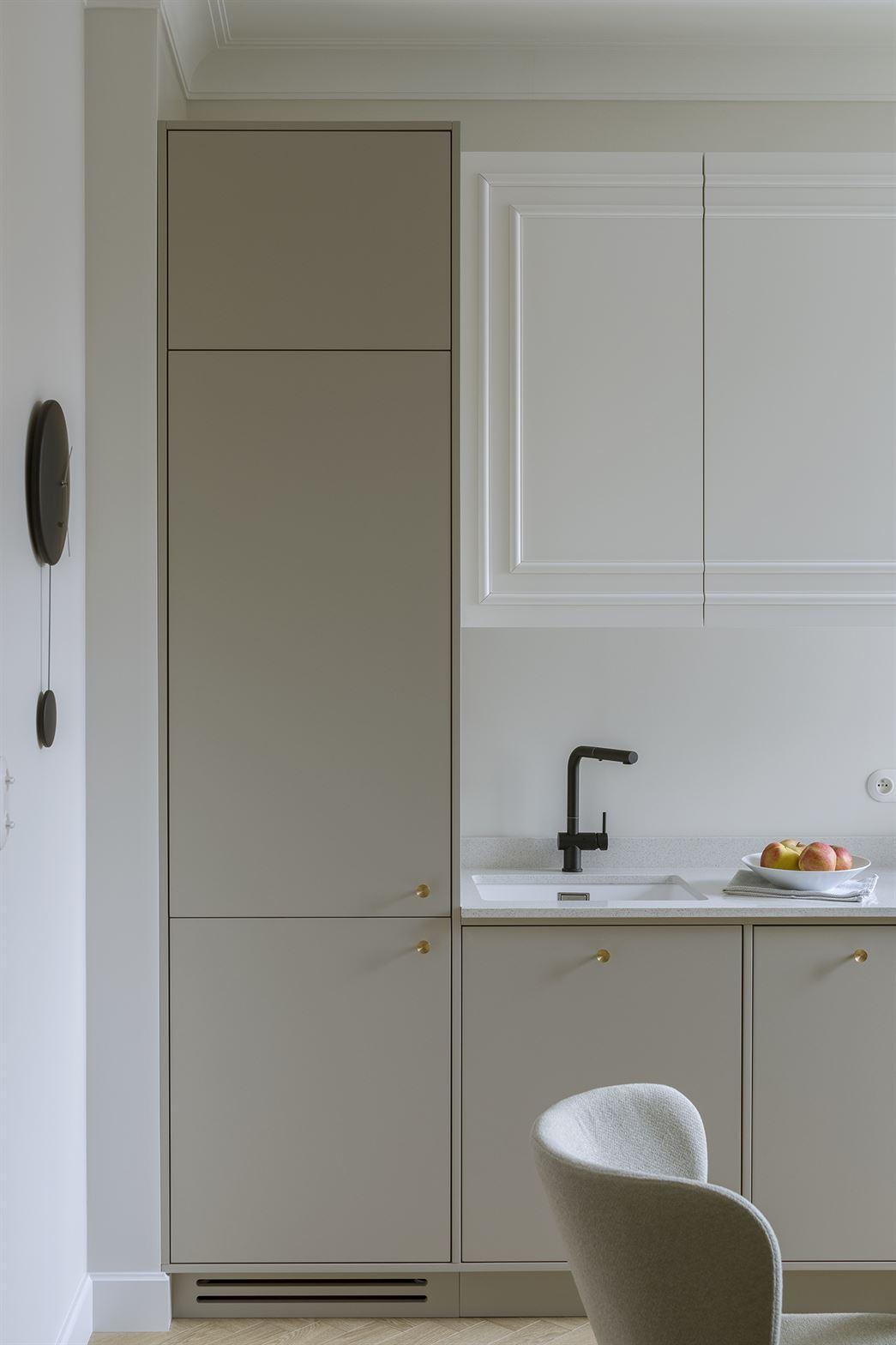 Projekt nowoczesnej kuchni w mieszkaniu w Warszawie
