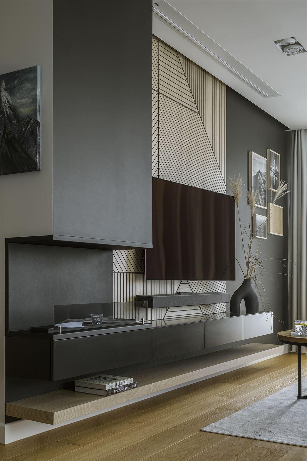 Projekt ciemnego salonu w mieszkaniu w Warszawie