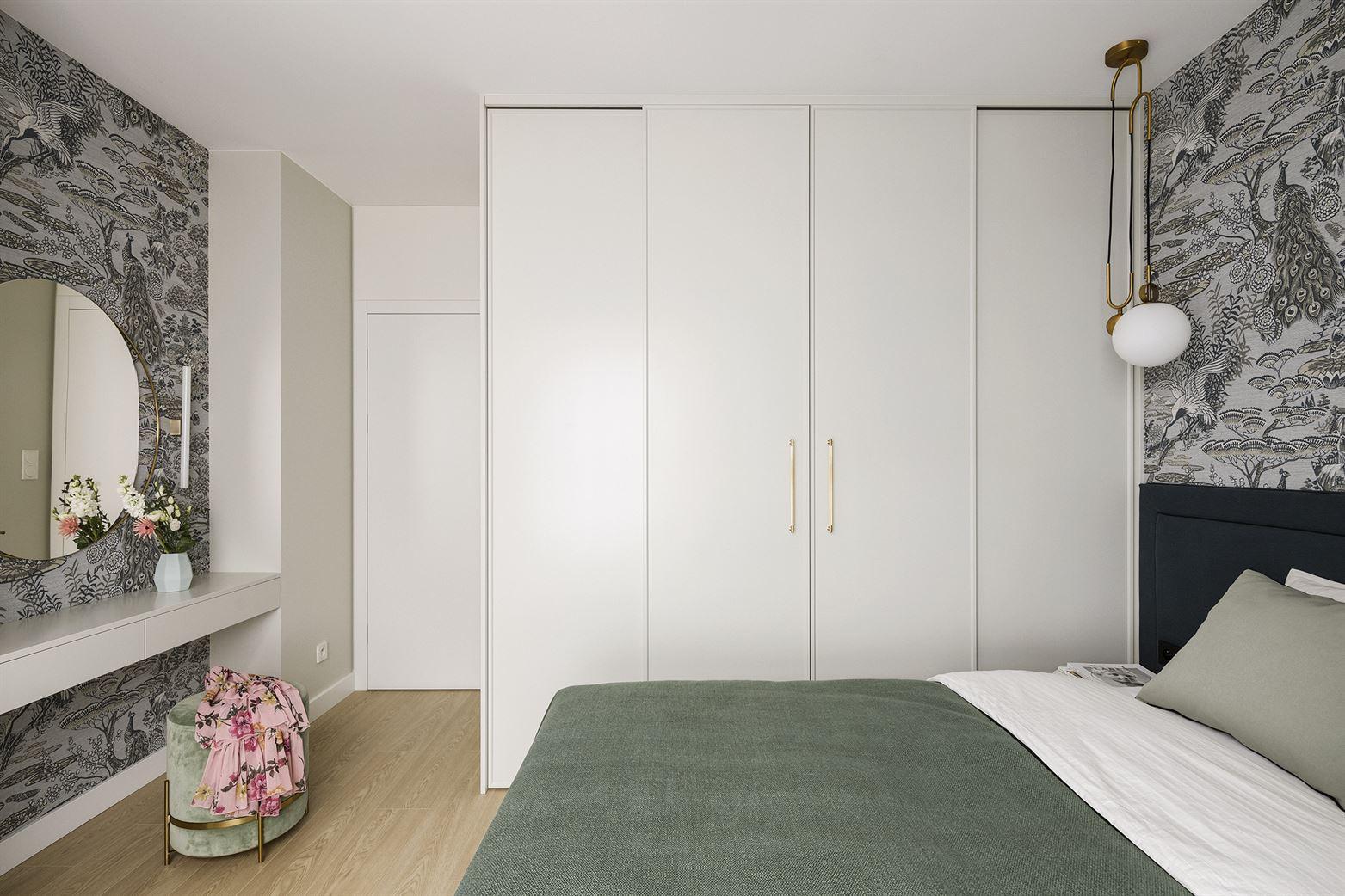 Projekt eleganckiej sypialni na warszawskim Muranowie
