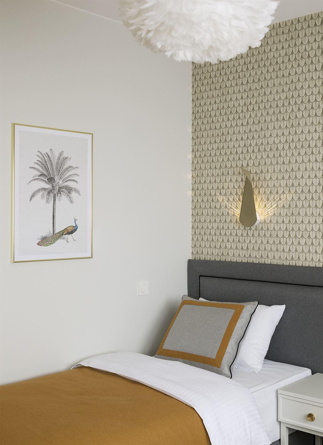 Projekt jasnej sypialni w Warszawie