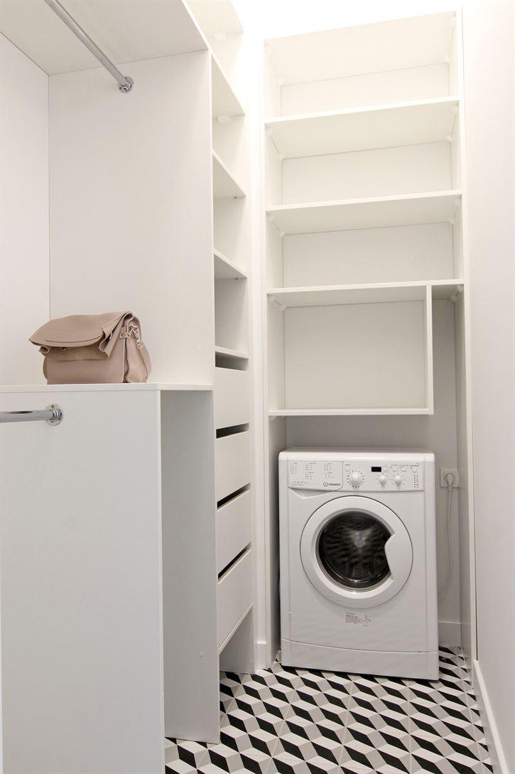 Projekt garderoby w mieszkaniu w Warszawie