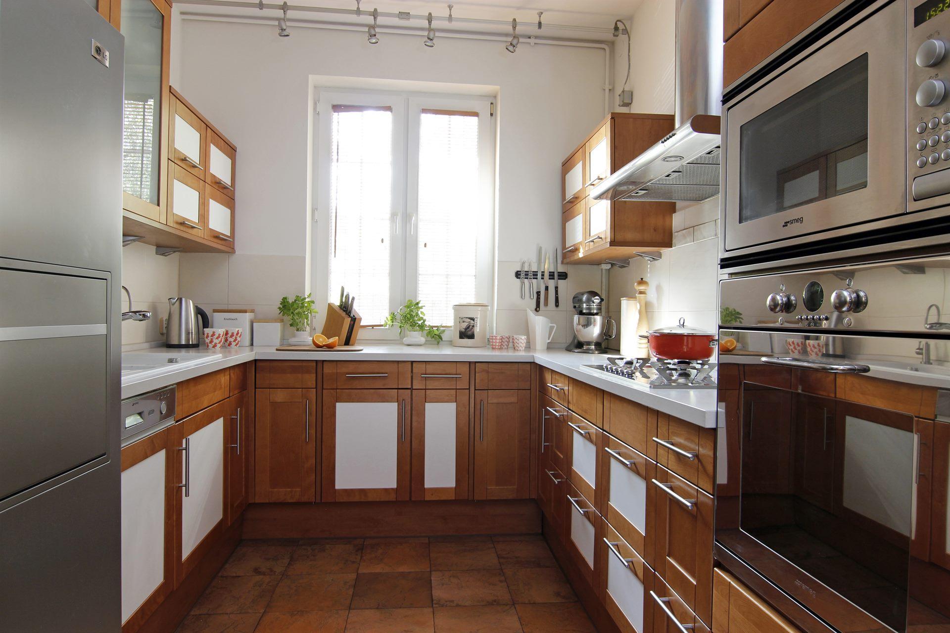 Home staging kuchni w domu w Warszawie