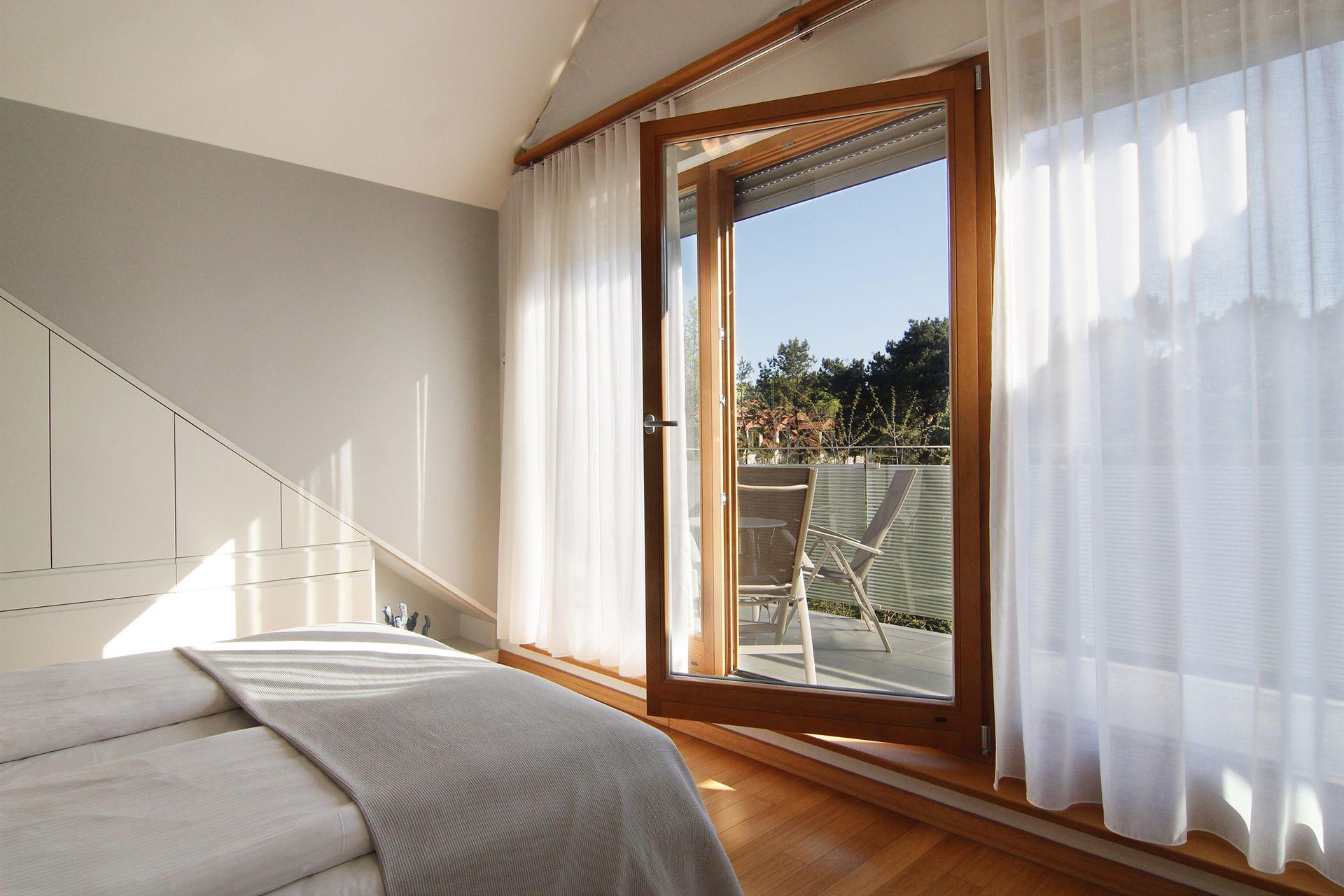Home staging sypialni w mieszkaniu w Jastarnii