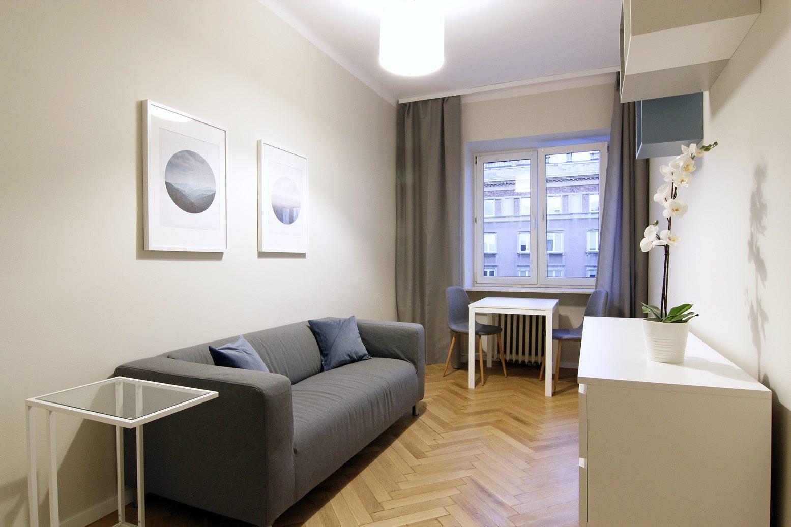 Home staging mikroapartamentu w Warszawie